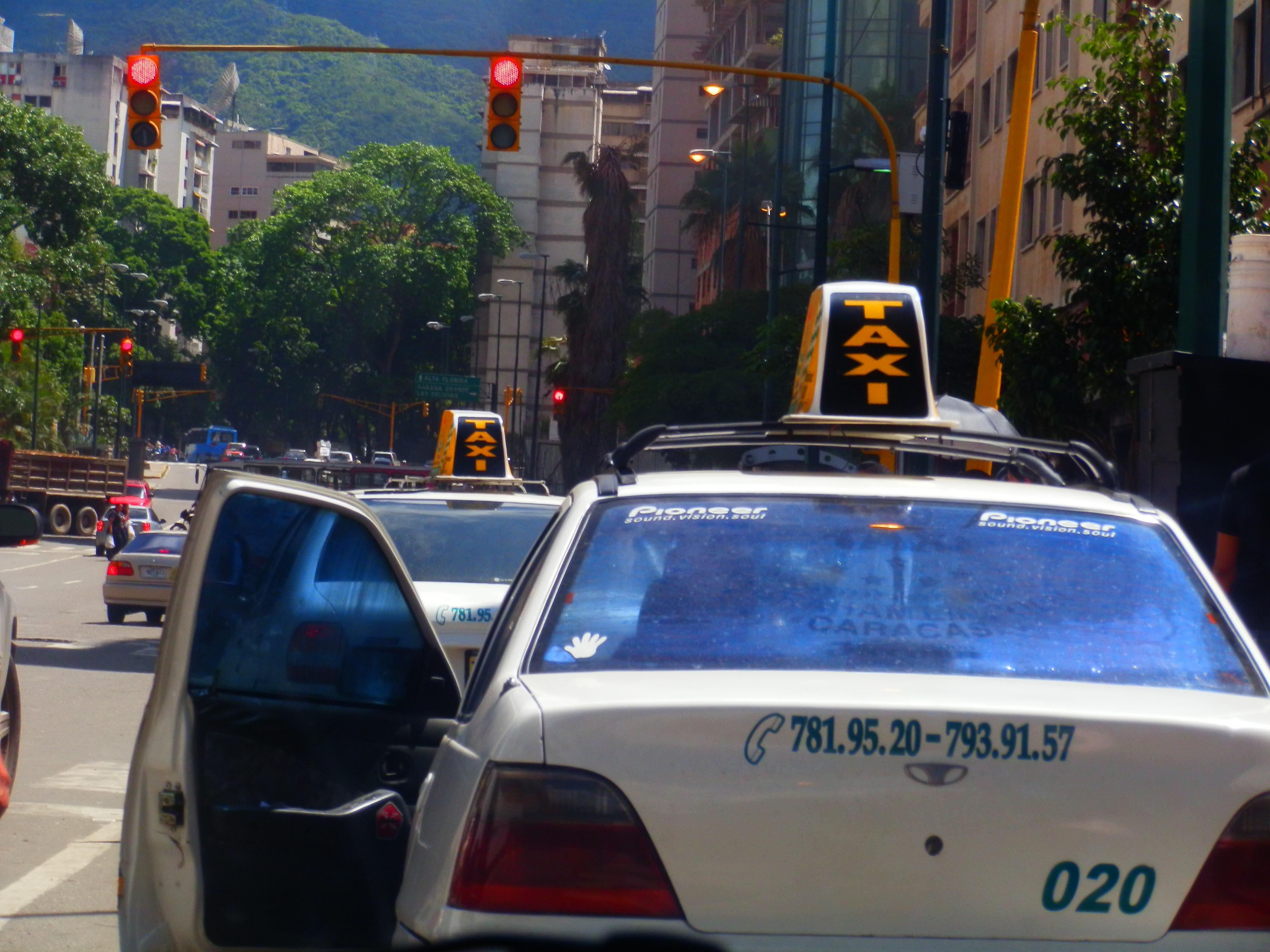 Каракас такси